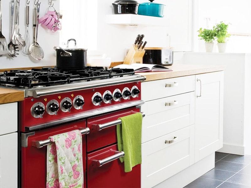 Czerwona kuchenka wielofunkcyjna Falcon